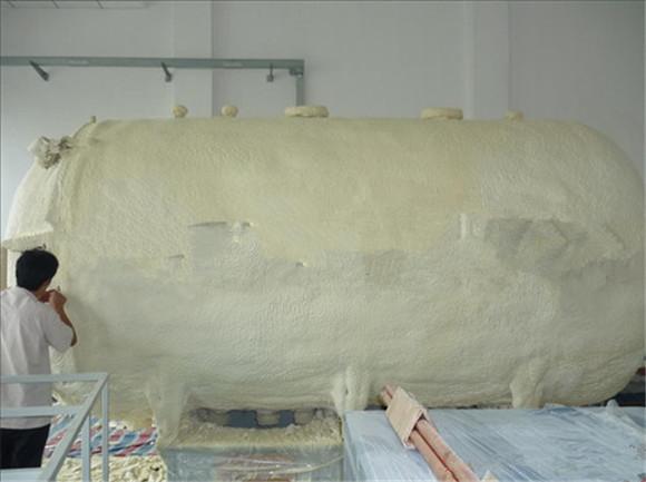 109-聚氨酯浇注机夹层女士保温聚氨酯发泡机真皮小门窗斜背包包图片