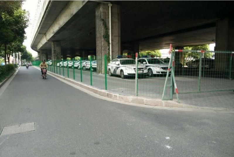 高架桥下停车场护栏围网设计样式规范