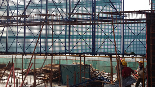 爬架网能给高层建筑工程更好的防护