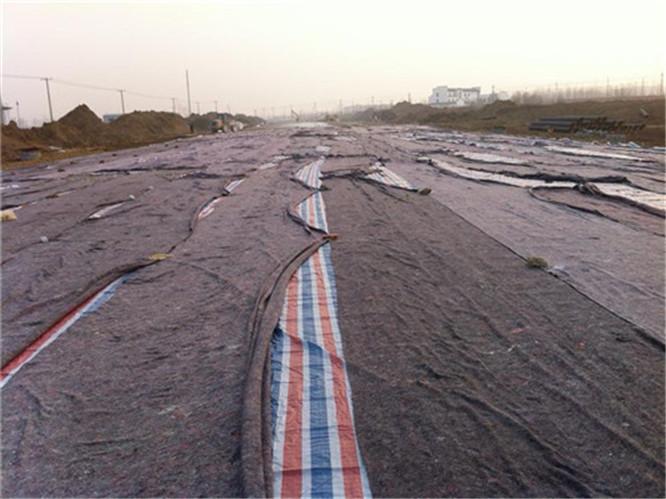 可作车站码头海港飞机场的露天仓库堆放物遮盖用; 3.